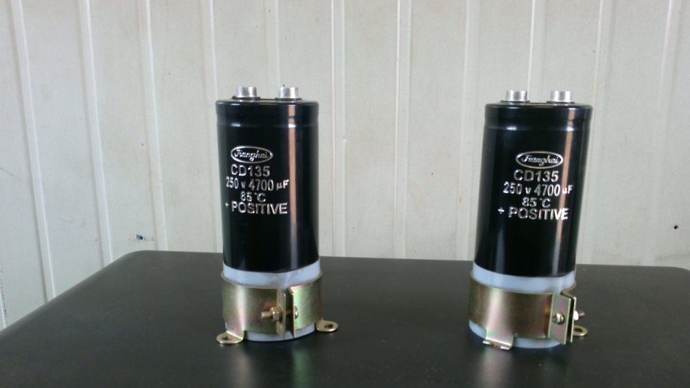 Compro Capacitor