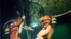 Mergulhadores Especializados em vários serviços