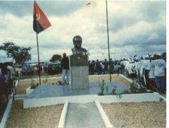 Monumento Presidente Agostinho Neto na Vila de Catete